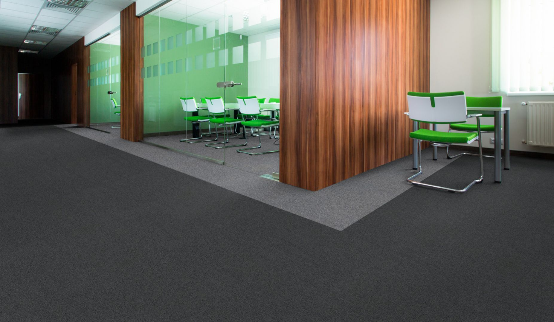 Wykładzina Omega, płytki dywanowe, wykładziny biurowe